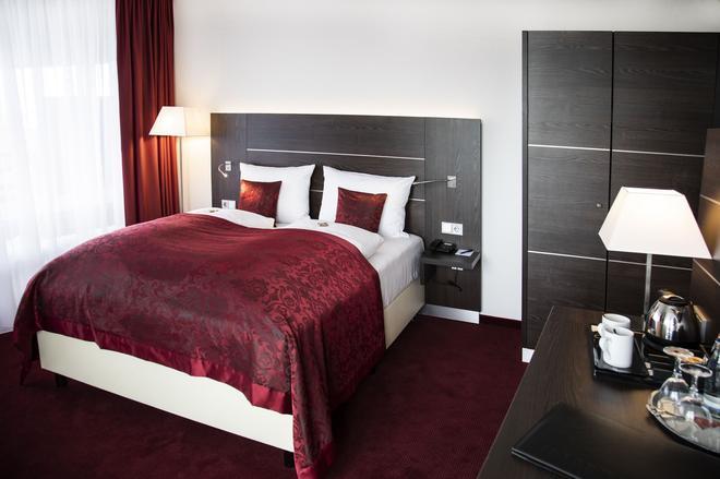 日恩蓋特恩酒店 - 杜伊斯堡 - 臥室