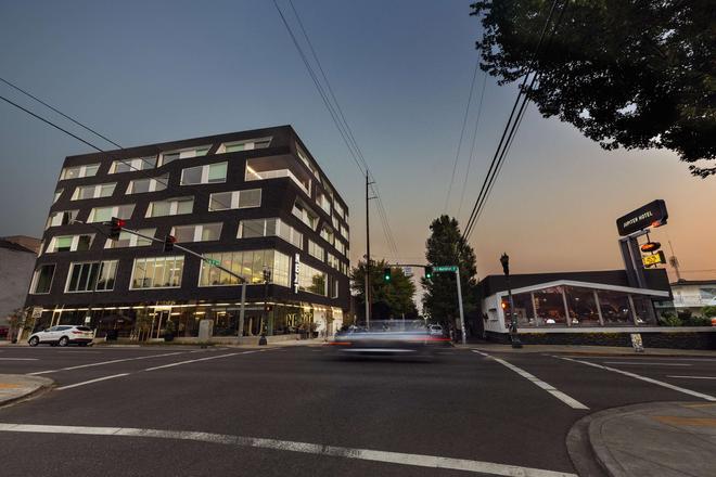 Jupiter Next - Portland - Edificio