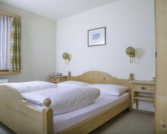 Casa Tödi - Trun - Bedroom