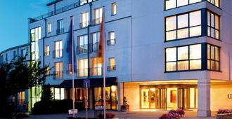 โรงแรมวิกเตอร์สเรซิเดนซ์ แอร์ฟวร์ท - แอร์ฟูร์ท