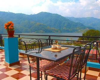 Hotel Adam - Pokhara - Ban công