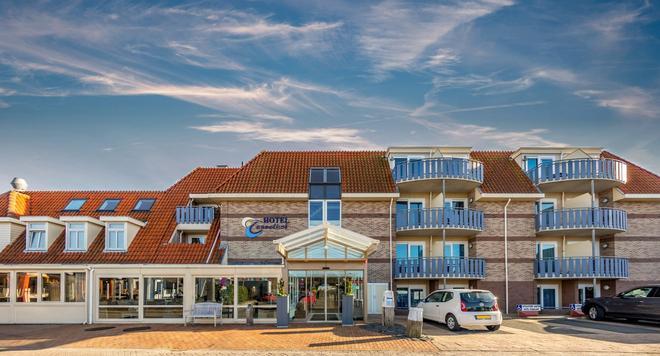 Hotel Tesselhof - De Koog - Building