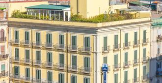 Best Western Hotel Plaza - Naples - Bâtiment