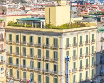 Best Western Hotel Plaza - Naples - Building