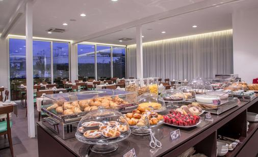 Best Western Hotel Plaza - Naples - Buffet