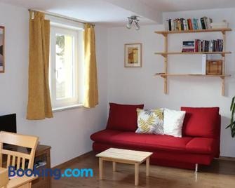 Haus Aperies - Pettneu Am Arlberg - Living room