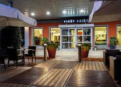 First Hotel Malpensa - Somma Lombardo - Building