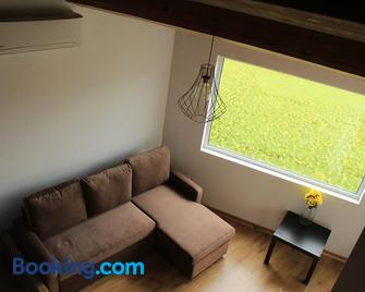 Casa Azul da Beija - Furnas - Wohnzimmer