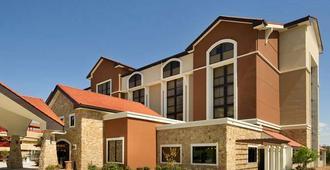 Drury Plaza Hotel San Antonio Airport - סן אנטוניו