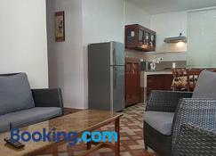 Luna Blue Residence - Trou Aux Biches - Living room