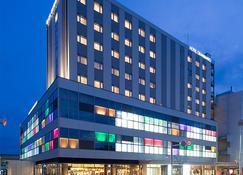 Hotel Granbinario Komatsu - Komatsu - Edificio