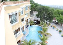 Lebon Appart Hotel - Port Au Prince - Pool