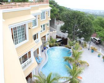 Lebon Appart Hotel - Port Au Prince - Pool