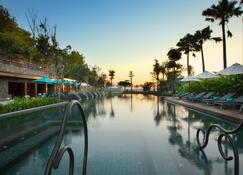 Hotel Indigo Bali Seminyak Beach - Denpasar - Cảnh ngoài trời
