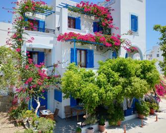 Rena Valetta Studios - Naxos - Clădire
