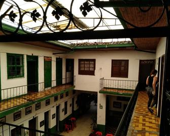 Hotel Familiar - Popayán