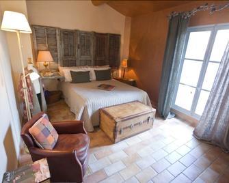 La Prévôté - L'Isle-sur-la-Sorgue - Camera da letto