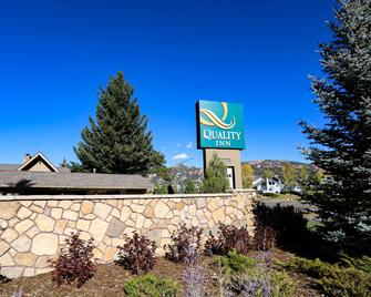Quality Inn Near Rocky Mountain National Park - Estes Park - Edifício