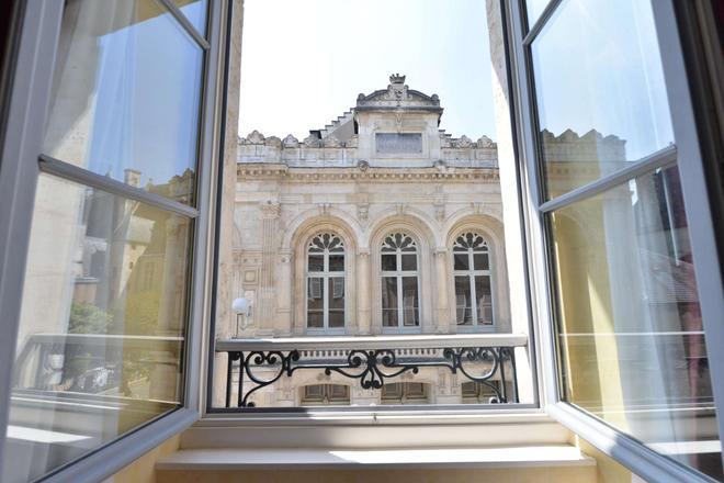 Best Western Plus Hotel D'Angleterre - Bourges - Balcony