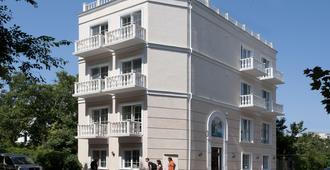 Geneva Resort Hotel - Odesa