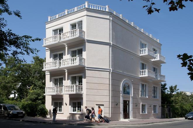 Geneva Resort Hotel - Odesa - Building