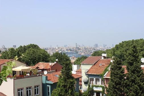 Anadolu Hotel - Istanbul - Outdoors view