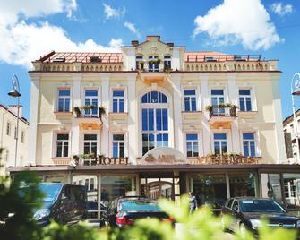 Artis Centrum Hotels - Wilna - Gebäude