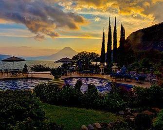 Hotel Atitlán - Sololá - Zwembad