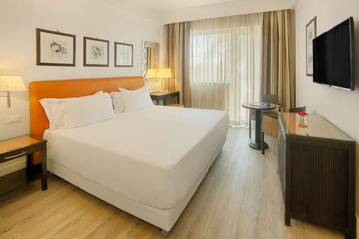 NH Catania Parco Degli Aragonesi - Catania - Phòng ngủ
