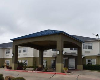 Best Western Club House Inn & Suites - Mineral Wells - Building