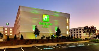 Holiday Inn Hotel & Suites Atlanta Airport-North - Atlanta - Rakennus