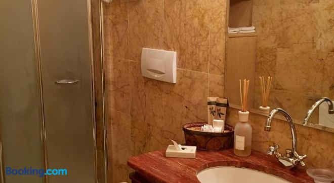 Locanda Caino - Montemerano - Bathroom