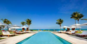 Grace Bay Club - Providenciales - Pool