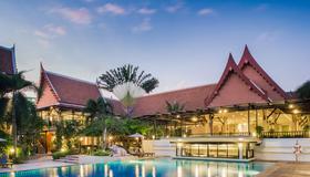 Deevana Patong Resort & Spa - Patong - Pool