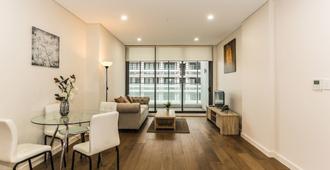 New Bright Apartment In Waterloo - Sydney - Wohnzimmer