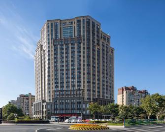 Ramada Encore by Wyndham Huzhou - Huzhou - Gebäude