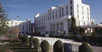 Hotel Al Madinah Holiday - Muscat