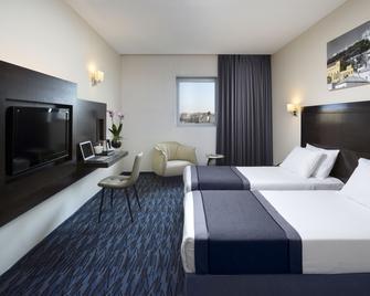 Golden Crown Old City Hotel - Nazareth - Slaapkamer