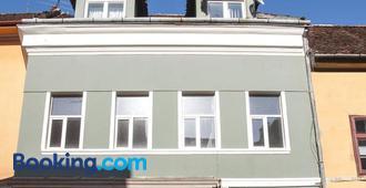 JugendStube Hostel - Braşov - Edificio