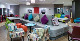 Home2 Suites by Hilton Charleston Airport Convention Center, SC - נורת' צ'רלסטון - טרקלין