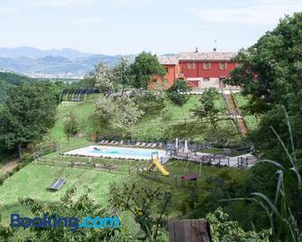 Guest House Agriturismo i Conti - Urbania - Building