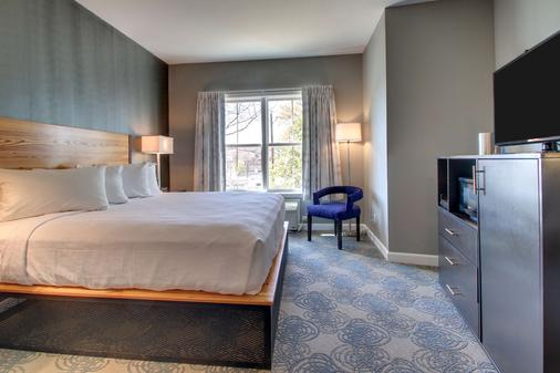Hotel Finial, BW Premier Collection - Anniston - Bedroom