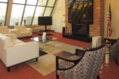 Clarion Hotel - Rock Springs - Olohuone