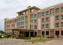 Protea Hotel by Marriott Benin City Select Emotan - Benin City - Building