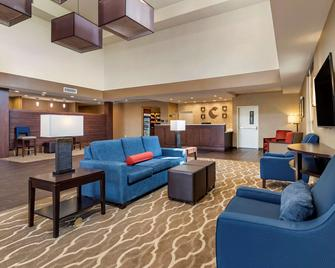 Comfort Suites - Kyle - Living room