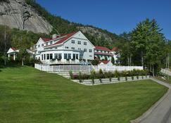 The White Mountain Hotel & Resort - North Conway - Building
