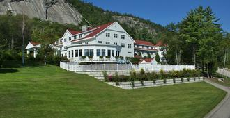 White Mountain Hotel and Resort - North Conway - Building
