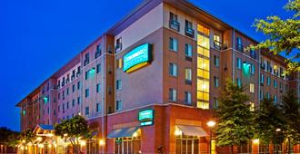 Staybridge Suites Chattanooga Downtown - Convention Center - Chattanooga - Building