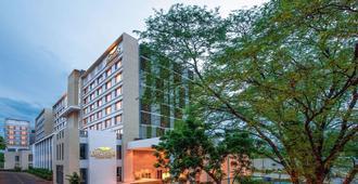 Feathers- A Radha Hotel - Chennai