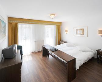 Hotel Römerhof - Leukerbad - Bedroom